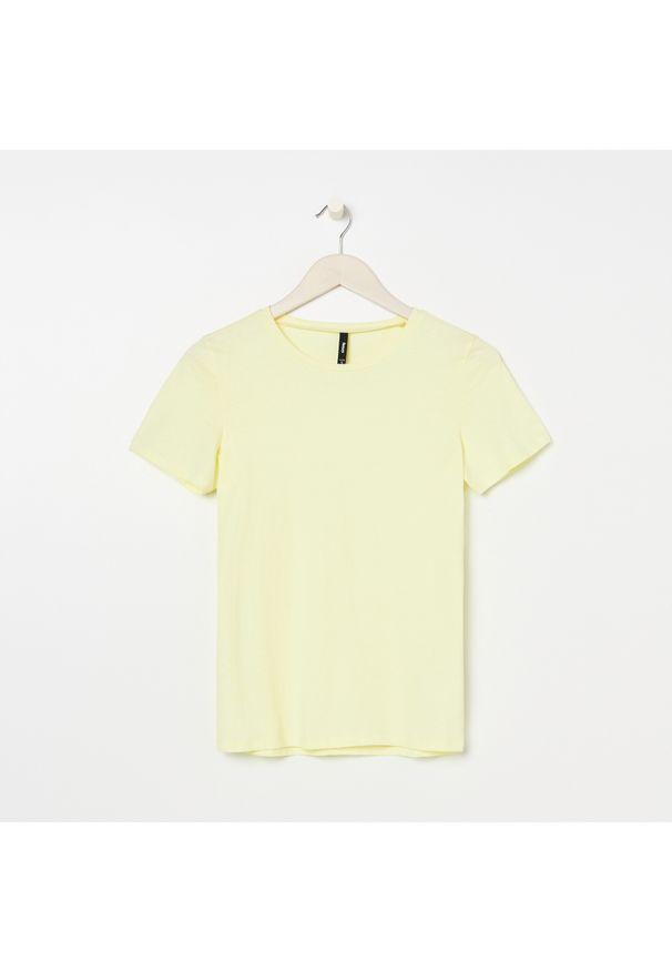 Żółty t-shirt Sinsay krótki, z krótkim rękawem