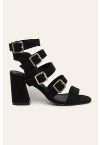 Czarne sandały Truffle Collection na klamry, na obcasie, na średnim obcasie