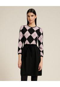 Luisa Spagnoli - LUISA SPAGNOLI - Sukienka wełniana Milano. Kolor: czarny. Materiał: wełna. Typ sukienki: dopasowane. Długość: midi