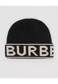 Burberry - BURBERRY - Czarna czapka z kaszmiru. Kolor: czarny. Materiał: kaszmir. Wzór: nadruk. Sezon: zima. Styl: klasyczny