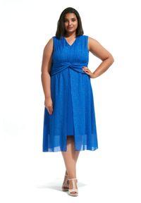 Niebieska sukienka dla puszystych Moda Size Plus Iwanek w kolorowe wzory, maxi, elegancka