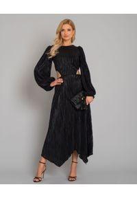 LOVE & ROSE - Błyszcząca sukienka maxi Alexis. Kolor: czarny. Materiał: prążkowany, tkanina. Typ sukienki: kopertowe, asymetryczne. Styl: elegancki, klasyczny. Długość: maxi