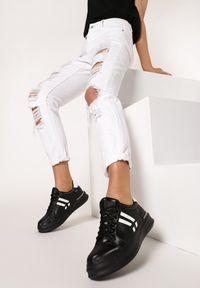 Czarne buty sportowe Born2be