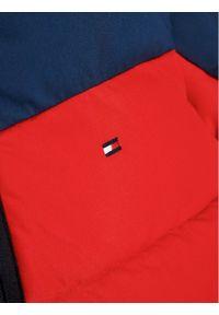 TOMMY HILFIGER - Tommy Hilfiger Kurtka puchowa Flag KB0KB05990 D Granatowy Regular Fit. Kolor: niebieski. Materiał: puch