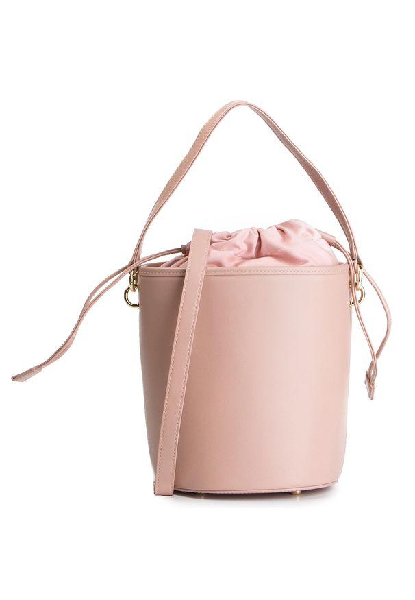 Różowa torebka klasyczna Kazar na lato, z frędzlami