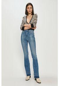 Niebieskie jeansy bootcut Guess z podwyższonym stanem