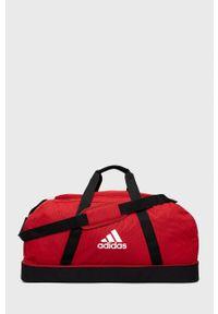 adidas Performance - Torba. Kolor: czerwony. Materiał: materiał