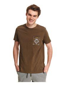 Brązowy t-shirt TOP SECRET z nadrukiem, casualowy, do pracy