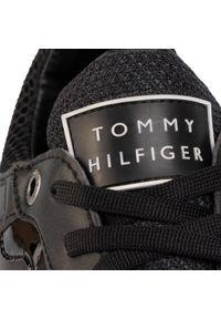 Czarne półbuty casual TOMMY HILFIGER z cholewką, na co dzień