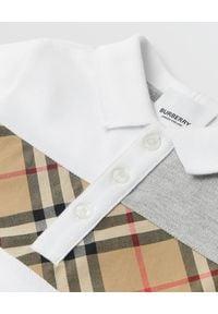 BURBERRY CHILDREN - Koszulka polo 0-2 lat. Typ kołnierza: polo. Kolor: biały. Materiał: bawełna, dresówka. Sezon: lato. Styl: sportowy