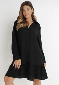 Born2be - Czarna Sukienka Apios. Kolor: czarny. Materiał: tkanina. Długość rękawa: długi rękaw. Typ sukienki: koszulowe. Długość: mini