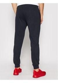 4f - 4F Spodnie dresowe NOSH4-SPMD001 Granatowy Regular Fit. Kolor: niebieski. Materiał: dresówka