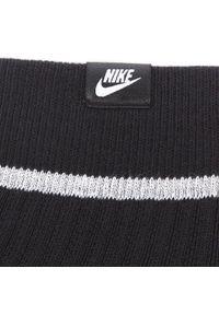 Czarne skarpetki Nike