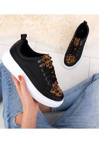 Czarne buty sportowe N/M z motywem zwierzęcym, trekkingowe