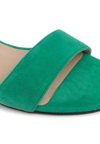 Zielone sandały Karino