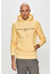 TOMMY HILFIGER - Tommy Hilfiger - Bluza. Okazja: na co dzień. Typ kołnierza: kaptur. Kolor: żółty. Materiał: bawełna. Wzór: aplikacja. Styl: casual