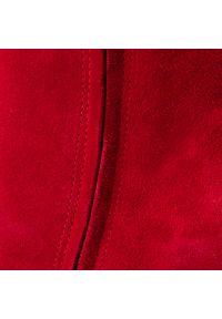 Czerwony kozaki Nessi z cholewką