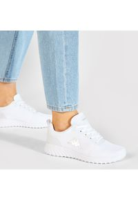 Kappa - Sneakersy KAPPA - Ces 242685 White 1010. Okazja: na co dzień. Kolor: biały. Materiał: materiał. Szerokość cholewki: normalna. Sezon: lato. Styl: casual #5