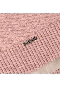 Zimowa czapka damska PaMaMi - Pudrowy róż. Kolor: różowy. Materiał: akryl. Sezon: zima