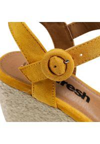 Refresh - Espadryle REFRESH - 72636 Yellow. Okazja: na co dzień. Kolor: żółty. Materiał: materiał. Sezon: lato. Obcas: na obcasie. Styl: casual. Wysokość obcasa: średni #7