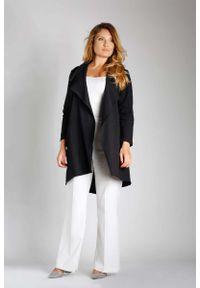 Czarna kurtka Nommo plus size, z asymetrycznym kołnierzem