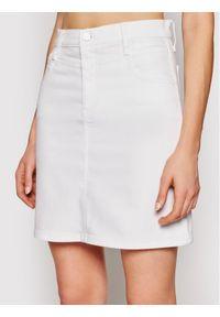 Biała spódnica jeansowa Calvin Klein