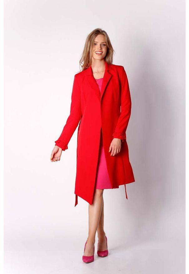 Nommo - Czerwony Elegancki Płaszcz z Falbanką na Rękawie. Kolor: czerwony. Materiał: poliester, wiskoza, wełna. Styl: elegancki