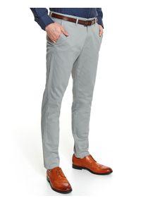 TOP SECRET - Spodnie dopasowane strukturalne z paskiem. Okazja: na co dzień, do pracy. Kolor: szary. Długość: długie. Sezon: jesień. Styl: elegancki, casual