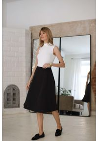Czarna spódnica Nommo