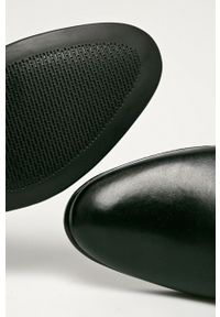 Wojas - Półbuty skórzane. Nosek buta: okrągły. Zapięcie: sznurówki. Kolor: czarny. Materiał: skóra #3