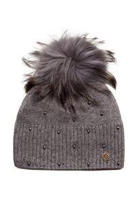 Szara czapka Granadilla na zimę