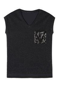 Czarny t-shirt TOP SECRET z dekoltem w serek, z krótkim rękawem, krótki #7