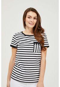 MOODO - Bawełniany t-shirt w paski. Materiał: bawełna. Długość rękawa: krótki rękaw. Długość: krótkie. Wzór: paski
