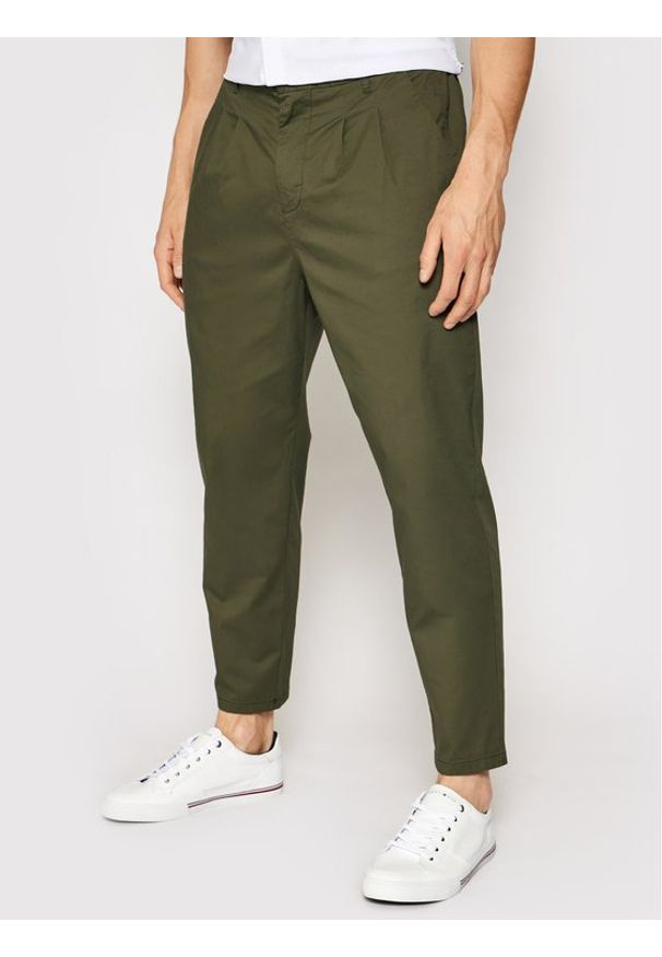 Only & Sons - ONLY & SONS Chinosy Dew 22019208 Zielony Regular Fit. Kolor: zielony