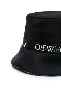 OFF-WHITE - Dwustronny kapelusz z logo. Kolor: czarny. Materiał: materiał. Wzór: aplikacja. Styl: sportowy