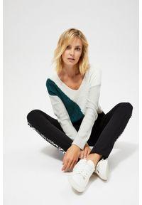 Sweter MOODO długi, z długim rękawem, klasyczny, w geometryczne wzory