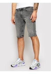 Tommy Jeans Szorty jeansowe Ronnie DM0DM09500 Szary Relaxed Fit. Kolor: szary