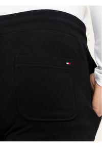 Czarne spodnie dresowe TOMMY HILFIGER