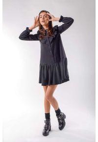 Czarna sukienka wizytowa Nommo z falbankami, mini