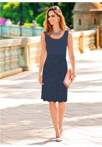 Sukienka ołówkowa z koronką bonprix ciemnoniebieski. Kolor: niebieski. Materiał: koronka. Wzór: koronka. Typ sukienki: ołówkowe