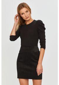 Czarna bluzka Vero Moda długa, casualowa