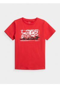 4f - T-shirt z nadrukiem chłopięcy. Kolor: czerwony. Materiał: bawełna, dzianina. Wzór: nadruk