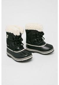 Czarne buty zimowe sorel na zimę, z cholewką, z okrągłym noskiem
