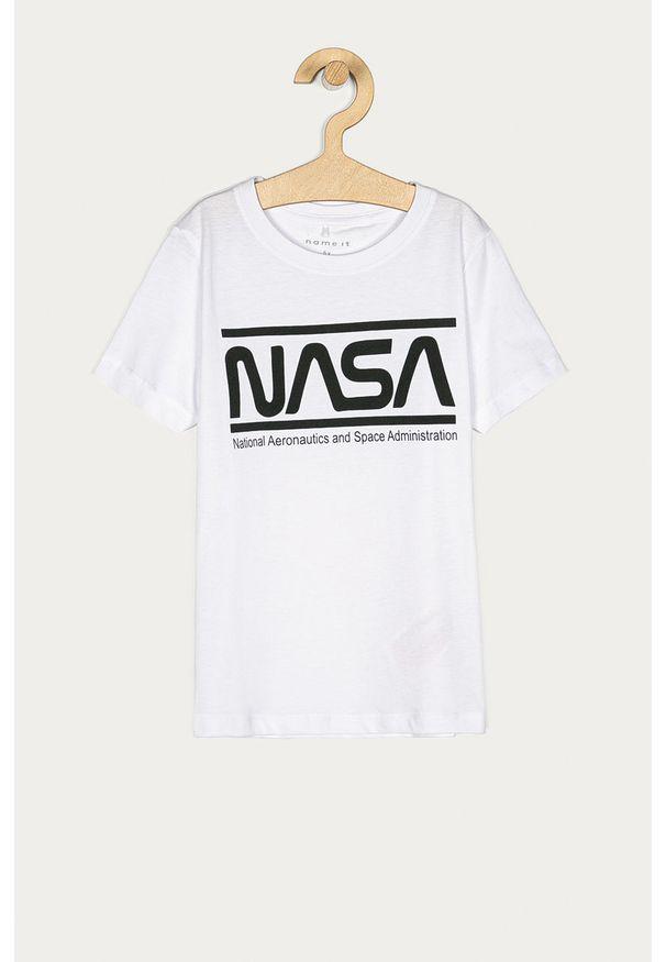 Biały t-shirt Name it na co dzień, z nadrukiem, z okrągłym kołnierzem