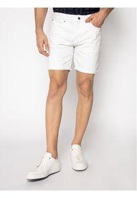 Białe spodenki jeansowe Guess