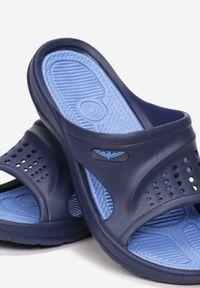 Niebieskie klapki Born2be