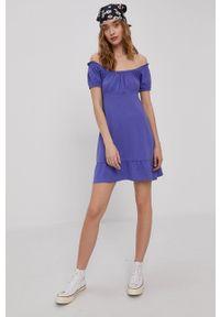 Brave Soul - Sukienka. Kolor: fioletowy. Materiał: dzianina. Wzór: gładki. Typ sukienki: rozkloszowane
