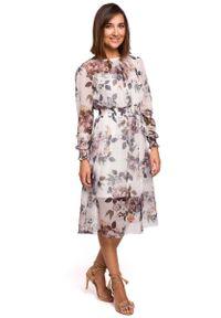 MOE - Biała Szyfonowa Sukienka w Kwiaty z Długim Rękawem. Kolor: biały. Materiał: szyfon. Długość rękawa: długi rękaw. Wzór: kwiaty