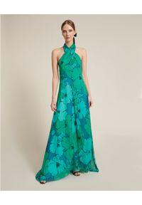 Luisa Spagnoli - LUISA SPAGNOLI - Turkusowa sukienka z kwiatowym printem Penny. Kolor: zielony. Materiał: jedwab. Wzór: nadruk, kwiaty. Typ sukienki: rozkloszowane. Styl: wakacyjny. Długość: maxi