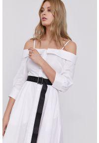 Karl Lagerfeld - Sukienka. Kolor: biały. Materiał: tkanina. Długość rękawa: na ramiączkach. Wzór: gładki. Typ sukienki: rozkloszowane